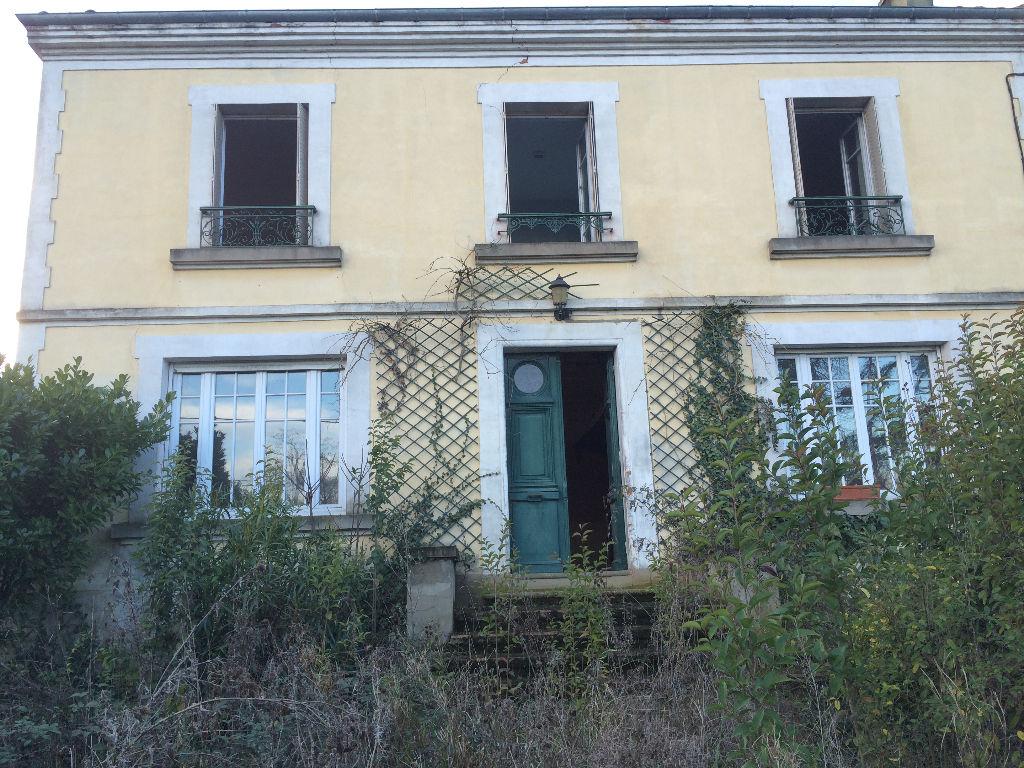 Ensemble immobilier comprenant 2 maisons