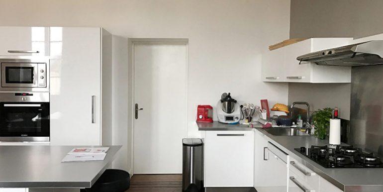 Appartement T4 rénové de 117 m2  - Parking - CaveA.B.I - Agence Bourdarios Immobilier - A.B.I  Agence Bourdarios Immobilier-3