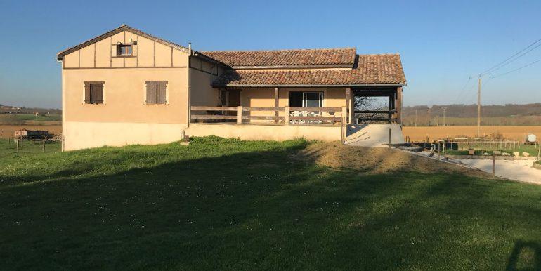 terrain 1Ha et box à chevaux.A.B.I - Agence Bourdarios Immobilier -  A.B.I  Agence Bourdarios Immobilier-1