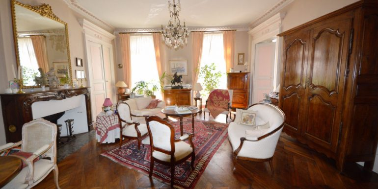 Montauban - Bel appartement T3 de 103m2 au charme ancienA.B.I - Agence Bourdarios Immobilier - A.B.I  Agence Bourdarios Immobilier-10