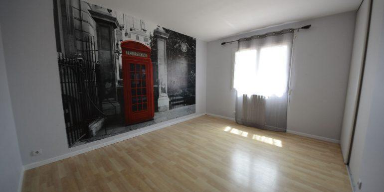 Maison Contemporaine Montauban Ouest de 7 pièce(s) 200 m2 et Dépendance sur un terrain de 2500 m²A.B.I - Agence Bourdarios Immobilier -  A.B.I  Agence Bourdarios Immobilier-4