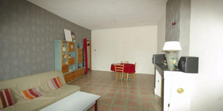 Appartement avec terrasse tout à piedsA.B.I - Agence Bourdarios Immobilier - A.B.I  Agence Bourdarios Immobilier-2