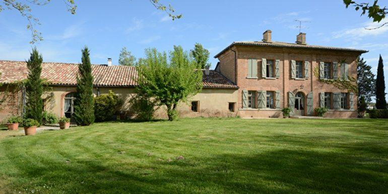 Belle propriété mixte Montauban NordA.B.I - Agence Bourdarios Immobilier - A.B.I  Agence Bourdarios Immobilier-11