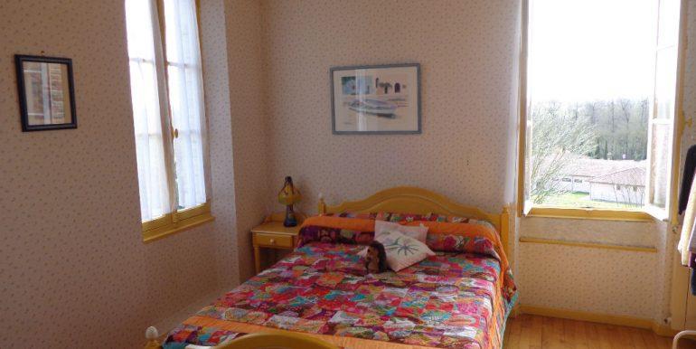 Maison proche Caussade 9 pièce(s) 215 m2A.B.I - Agence Bourdarios Immobilier -  A.B.I  Agence Bourdarios Immobilier-7