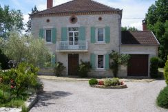 Maison quercynoise 200m2 - piscineA.B.I - Agence Bourdarios Immobilier -  A.B.I  Agence Bourdarios Immobilier-1