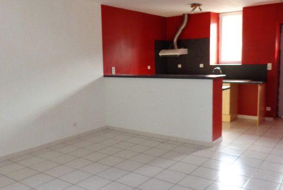 Appartement T3 Bis avec cour et parkingA.B.I - Agence Bourdarios Immobilier -  A.B.I  Agence Bourdarios Immobilier-2