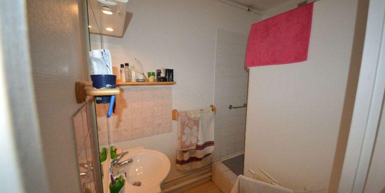 Appartement T3 Bis proche centre-ville avec place parkingA.B.I - Agence Bourdarios Immobilier - A.B.I  Agence Bourdarios Immobilier-6