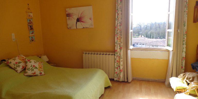 Maison proche Caussade 9 pièce(s) 215 m2A.B.I - Agence Bourdarios Immobilier - A.B.I  Agence Bourdarios Immobilier-5