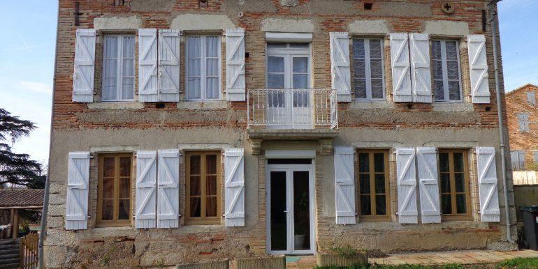 Maison proche Caussade 9 pièce(s) 215 m2A.B.I - Agence Bourdarios Immobilier - A.B.I  Agence Bourdarios Immobilier-8