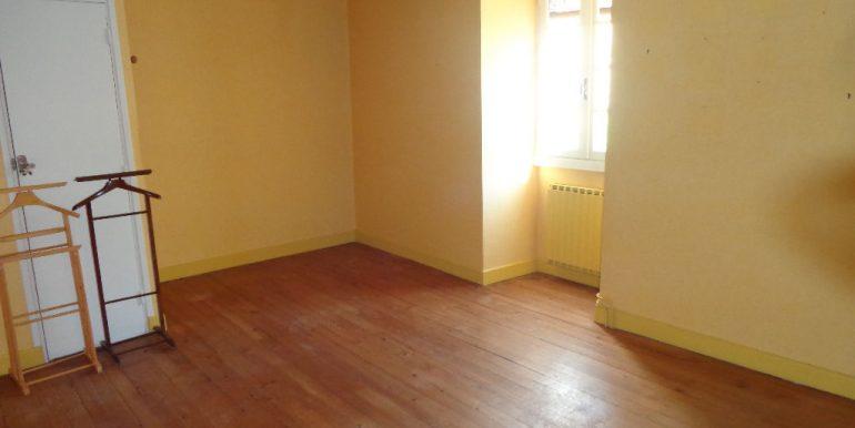 Maison 5 pièces 130m2 avec garage et patioA.B.I - Agence Bourdarios Immobilier - A.B.I  Agence Bourdarios Immobilier-5