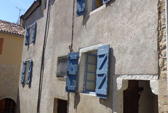 Maison 5 pièces 130m2 avec garage et patioA.B.I - Agence Bourdarios Immobilier - A.B.I  Agence Bourdarios Immobilier-9