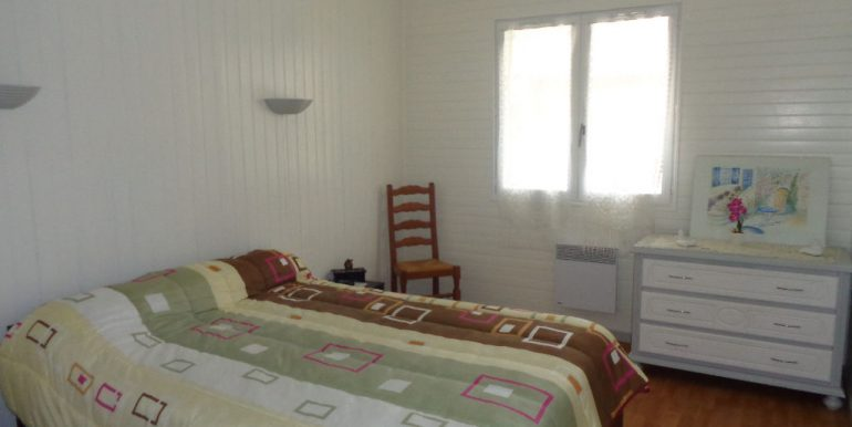 Maison 130m2 - 4 chambres et 2797m2 terrain constructibleA.B.I - Agence Bourdarios Immobilier - A.B.I  Agence Bourdarios Immobilier-7