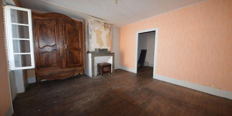 Maison de village de  à Monclar de Quercy 135 m² avec local commercial à rénoverA.B.I - Agence Bourdarios Immobilier - A.B.I  Agence Bourdarios Immobilier-5