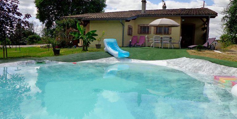 Fermette rénovée + piscine et dépendance à 15 min L'Isle JourdainA.B.I - Agence Bourdarios Immobilier - A.B.I  Agence Bourdarios Immobilier-3