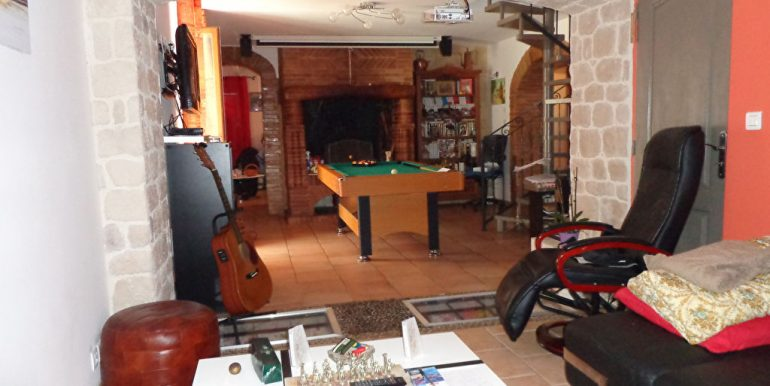 Fermette rénovée + piscine et dépendance à 15 min L'Isle JourdainA.B.I - Agence Bourdarios Immobilier - A.B.I  Agence Bourdarios Immobilier-6