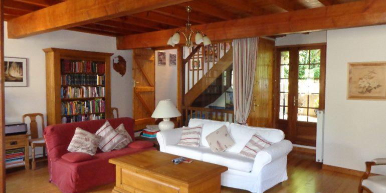 Maison 148 m2 avec piscine et garageA.B.I - Agence Bourdarios Immobilier - A.B.I  Agence Bourdarios Immobilier-4