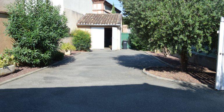 Maison Village de 110 m² avec garage entre Montauban et ToulouseA.B.I - Agence Bourdarios Immobilier - A.B.I  Agence Bourdarios Immobilier-8