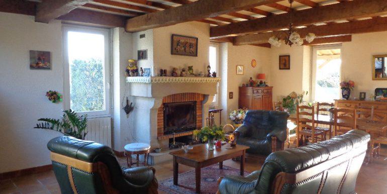 Maison quercynoise 200m2 - piscine et dépendancesA.B.I - Agence Bourdarios Immobilier - A.B.I  Agence Bourdarios Immobilier-2