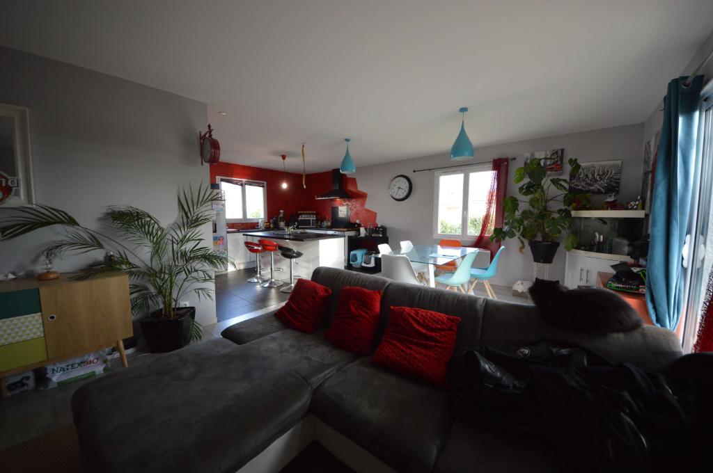 CONTEMPORAINE T5 de 105 m2  à Pouty