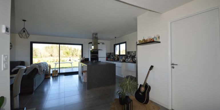 Maison contemporaine de 2018. T5 de 125 m² à 20 minutes Montauban EstA.B.I - Agence Bourdarios Immobilier - A.B.I  Agence Bourdarios Immobilier-3