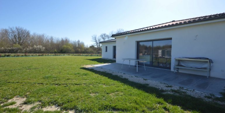 Maison contemporaine de 2018. T5 de 125 m² à 20 minutes Montauban EstA.B.I - Agence Bourdarios Immobilier - A.B.I  Agence Bourdarios Immobilier-8