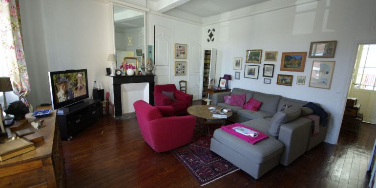 Grand Appartement ancien de caractère C-V tout à piedsA.B.I - Agence Bourdarios Immobilier - A.B.I  Agence Bourdarios Immobilier-2