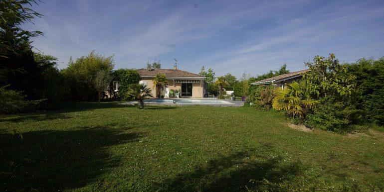 MAISON T5 Beau jardin avec Piscine - Montauban OuestA.B.I - Agence Bourdarios Immobilier -  A.B.I  Agence Bourdarios Immobilier-10
