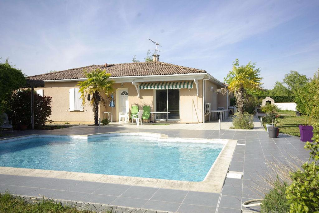 Maison t5 beau jardin avec piscine montauban for Jardin avec piscine
