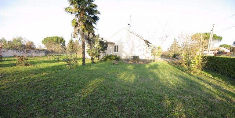Maison T4 bâtie en tradi avec dépendance aménagée en T2 Montauban Ouest - MontaubanA.B.I - Agence Bourdarios Immobilier -  A.B.I  Agence Bourdarios Immobilier-11
