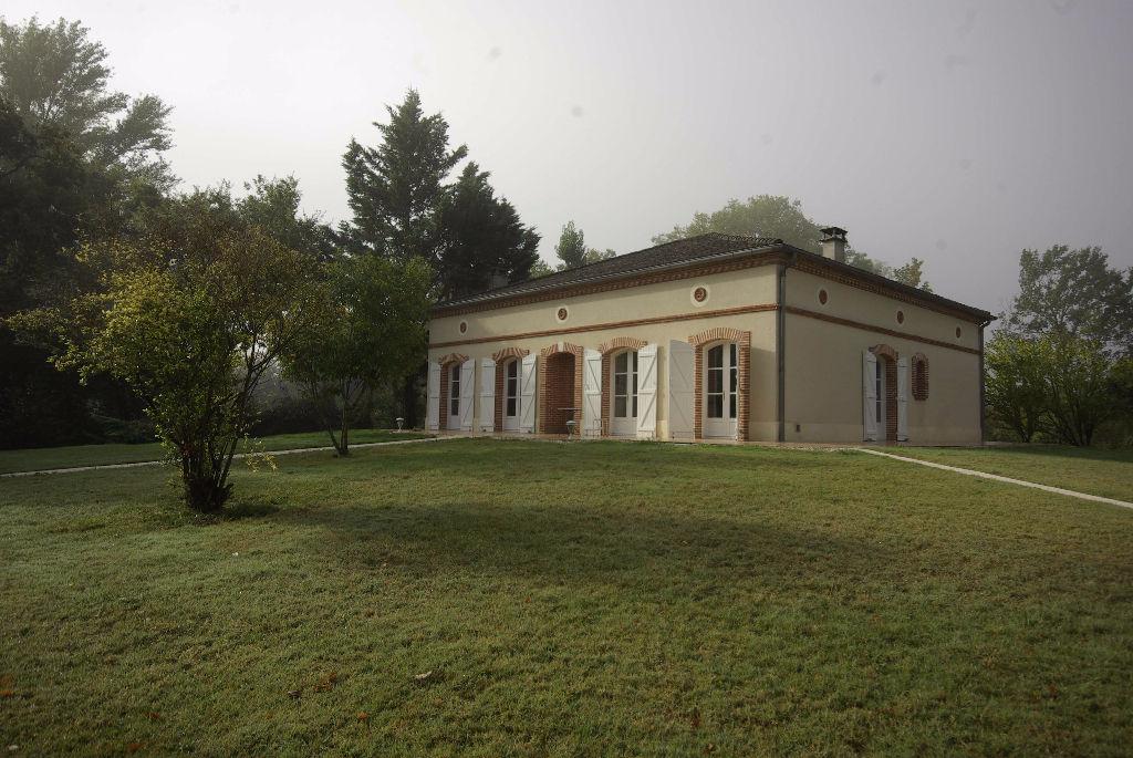 Maison Montauban Cadre de rêve 6 pièce(s) 145 m2
