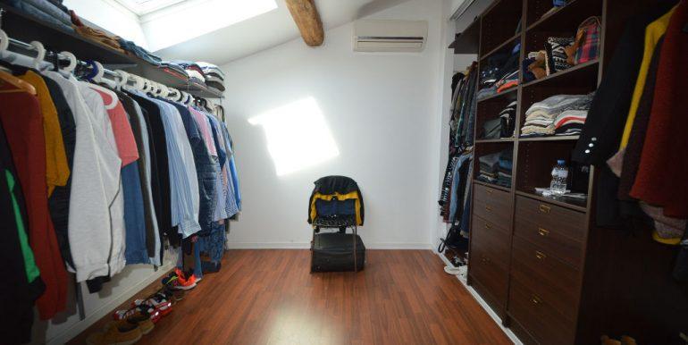 Superbe Maison Loft avec Garage - Montauban CentreA.B.I - Agence Bourdarios Immobilier -  A.B.I  Agence Bourdarios Immobilier-8
