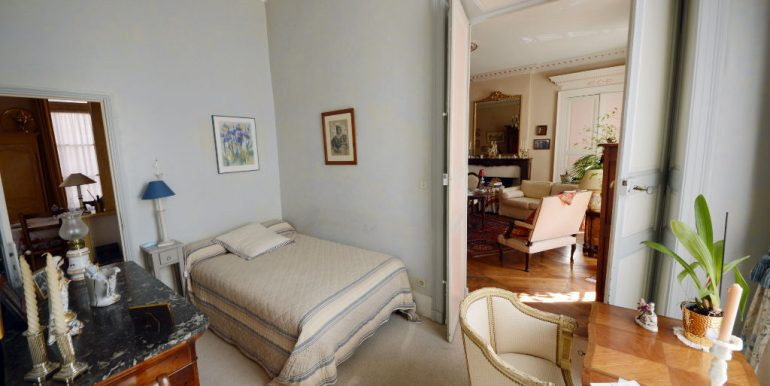Montauban - Bel appartement T3 de 103m2 au charme ancienA.B.I - Agence Bourdarios Immobilier -  A.B.I  Agence Bourdarios Immobilier-2