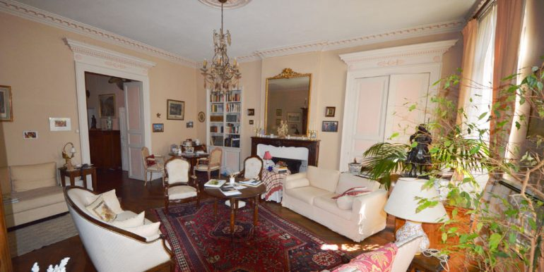 Montauban - Bel appartement T3 de 103m2 au charme ancienA.B.I - Agence Bourdarios Immobilier - A.B.I  Agence Bourdarios Immobilier-6