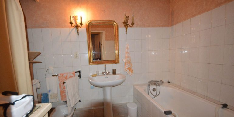 Montauban - Bel appartement T3 de 103m2 au charme ancienA.B.I - Agence Bourdarios Immobilier - A.B.I  Agence Bourdarios Immobilier-8