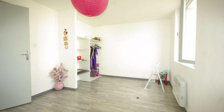 Maison TRADITIONELLE  T6 sur 3 Niveaux jardin garage - Montauban SudA.B.I - Agence Bourdarios Immobilier -  A.B.I  Agence Bourdarios Immobilier-5