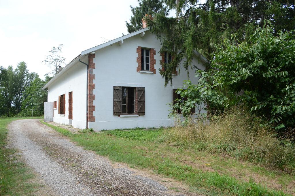 Ancienne ferme 1930 très bien conservée
