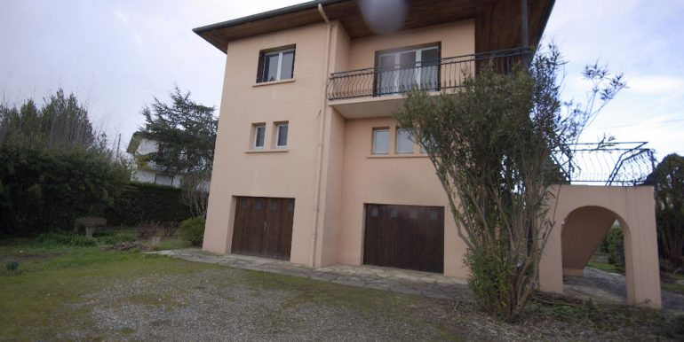 Maison TRADITIONELLE Divisée en 2 Appartements - MontaubanA.B.I - Agence Bourdarios Immobilier -  A.B.I  Agence Bourdarios Immobilier-1