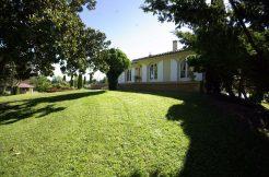 Maison de Maçon Montauban-Sud T6  de 130 m2 piscine sur un  grand parc arborésA.B.I - Agence Bourdarios Immobilier -  A.B.I  Agence Bourdarios Immobilier-1