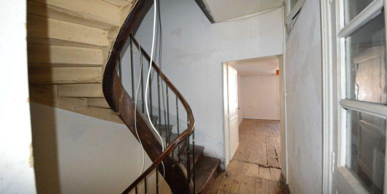 Maison de village de  à Monclar de Quercy 135 m² avec local commercial à rénoverA.B.I - Agence Bourdarios Immobilier - A.B.I  Agence Bourdarios Immobilier-6