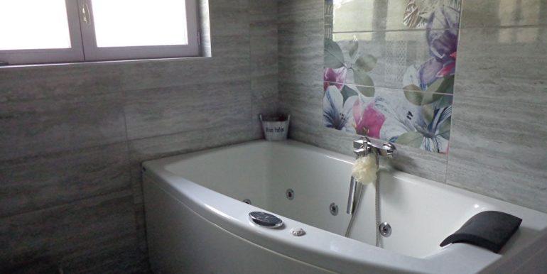 Fermette rénovée avec piscine et dépendanceA.B.I - Agence Bourdarios Immobilier - A.B.I  Agence Bourdarios Immobilier-8