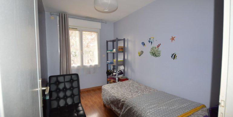 Maison Montauban ouest de 90 m2 avec garage attenant jardin arboré closA.B.I - Agence Bourdarios Immobilier - A.B.I  Agence Bourdarios Immobilier-6