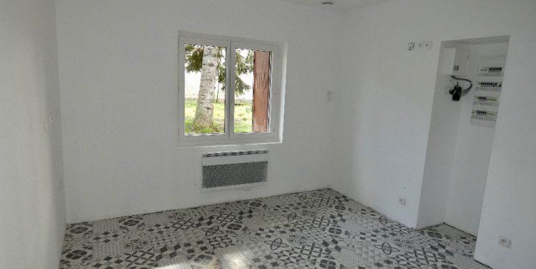 Maison 103 m²  sur 1200m²  de terrainA.B.I - Agence Bourdarios Immobilier - A.B.I  Agence Bourdarios Immobilier-3