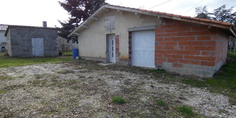 Maison 103 m²  sur 1200m²  de terrainA.B.I - Agence Bourdarios Immobilier - A.B.I  Agence Bourdarios Immobilier-8