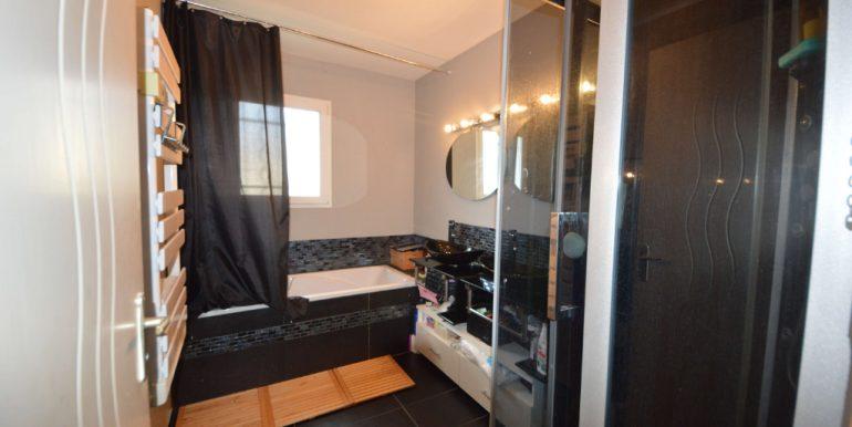 CONTEMPORAINE T5 de 105 m2  à PoutyA.B.I - Agence Bourdarios Immobilier - A.B.I  Agence Bourdarios Immobilier-7