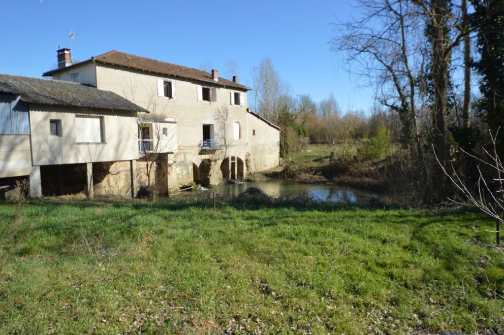 Ancien Moulin habitation 9 pièce(s) 300 m2 avec Grand Hangar 15 minutes  Montauban Nord