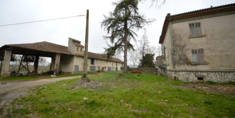 Maison 1930 cossue dans son état d'origine et dépendances importantesA.B.I - Agence Bourdarios Immobilier - A.B.I  Agence Bourdarios Immobilier-3
