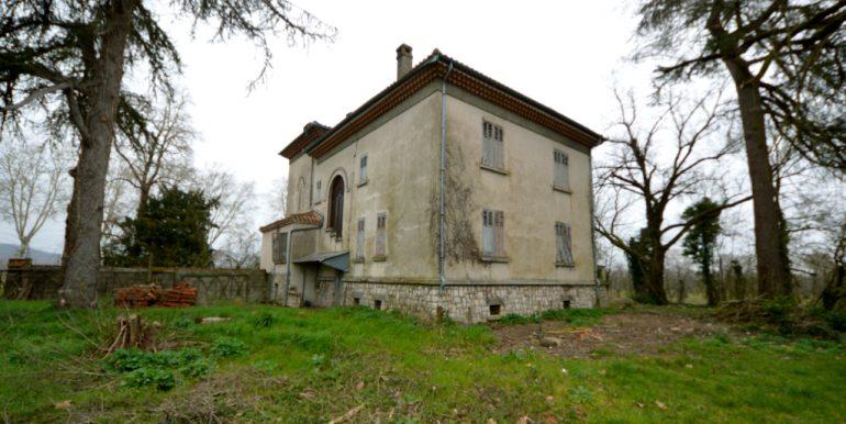 Maison 1930 cossue dans son état d'origine et dépendances importantesA.B.I - Agence Bourdarios Immobilier - A.B.I  Agence Bourdarios Immobilier-1