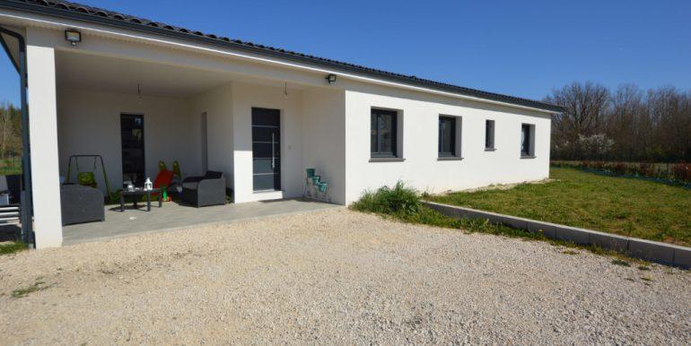 Maison contemporaine de 2018. T5 de 125 m² à 20 minutes Montauban EstA.B.I - Agence Bourdarios Immobilier - A.B.I  Agence Bourdarios Immobilier-1