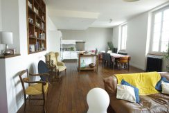 Appartement T4 rénové de 117 m2  - Parking - CaveA.B.I - Agence Bourdarios Immobilier - A.B.I  Agence Bourdarios Immobilier-1