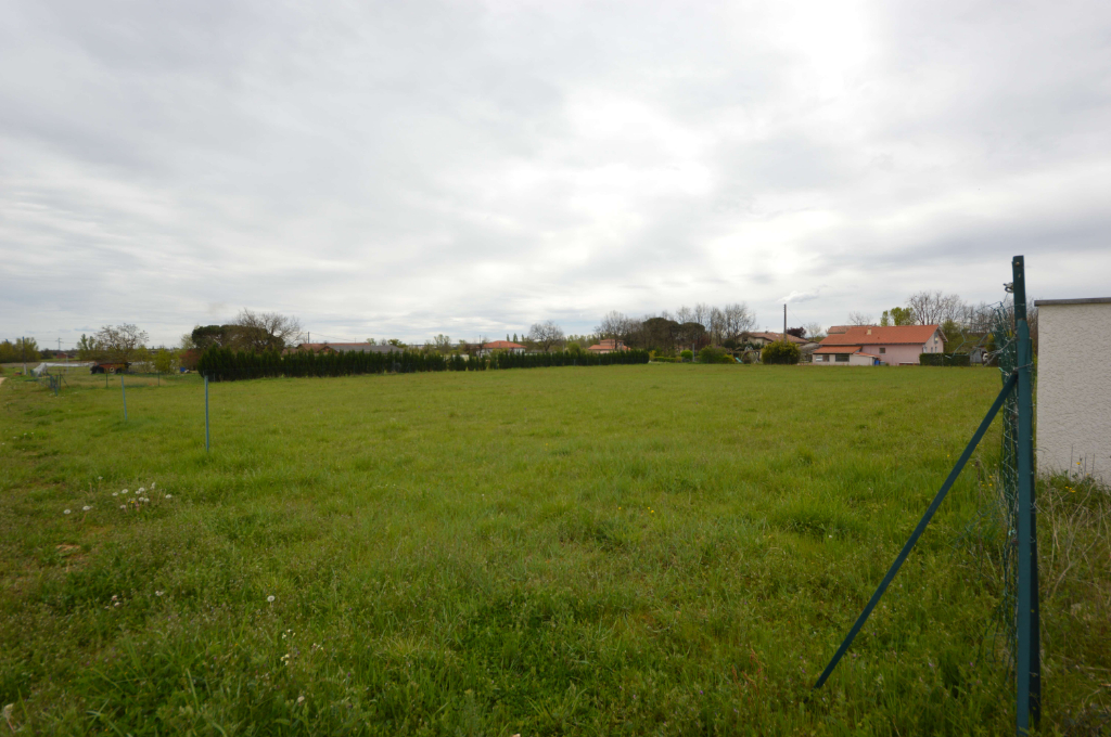 Terrain à bâtir de 1000 m² au sud de Montauban,